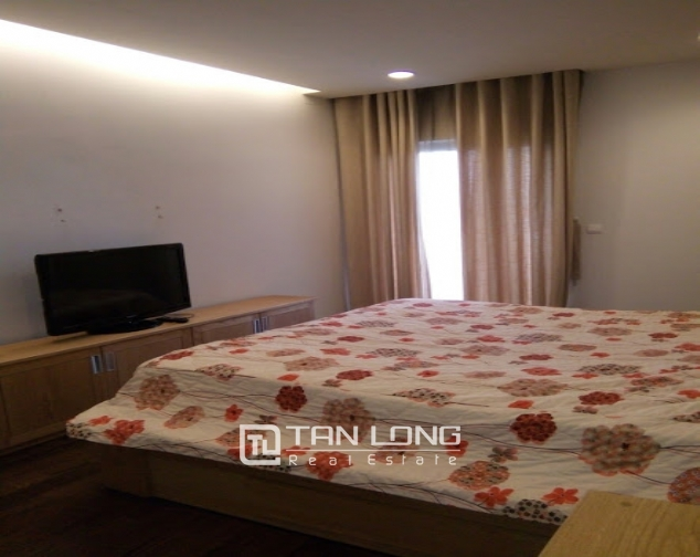A 2-bedroom apartment for rent on Lancaster 20 Nui Truc! 4