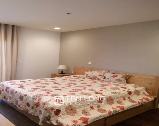 A 2-bedroom apartment for rent on Lancaster 20 Nui Truc! 5