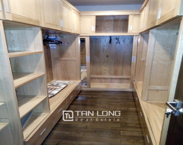 A 2-bedroom apartment for rent on Lancaster 20 Nui Truc! 8