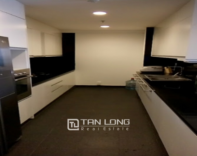 A 2-bedroom apartment for rent on Lancaster 20 Nui Truc! 9