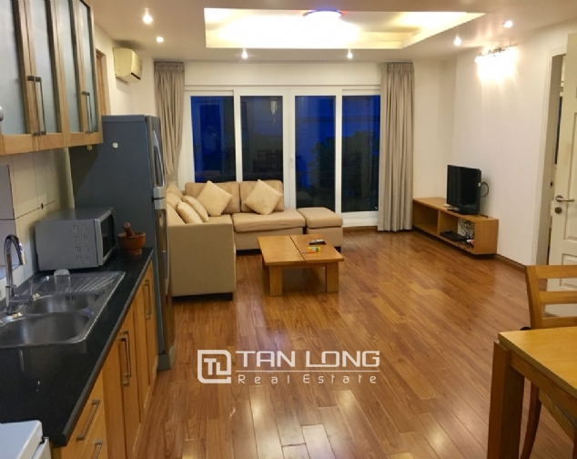 A 2-bedroom apartment for rent on Xuan Dieu street, Tay Ho district! 1