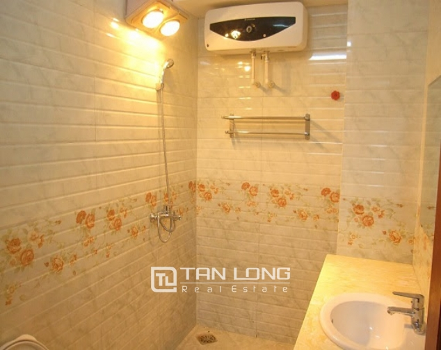 A 2-bedroom Duplex apartment for rent on Quan Ngua street, Ba Dinh district! 5