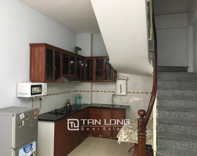 A 2-bedroom house for rent on Dang Thai Mai street, Tay Ho district! 2