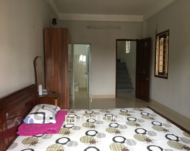 A 2-bedroom house for rent on Dang Thai Mai street, Tay Ho district! 9