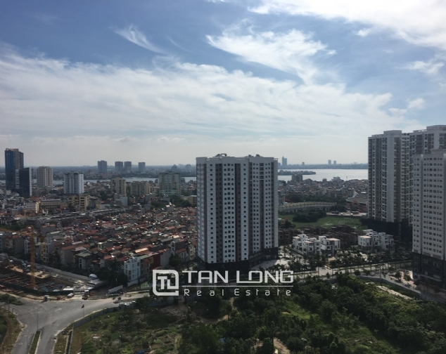 A 3-bedroom apartment for rent in Tay Ho district! 6