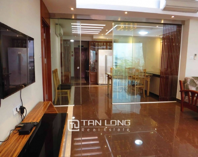 A 3-bedroom apartment for rent on Doi Can street, Ba Dinh district! 7