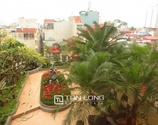 A 3-bedroom apartment for rent on Doi Can street, Ba Dinh district! 10