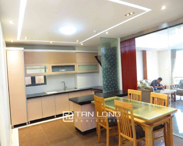A 3-bedroom apartment for rent on Doi Can street, Ba Dinh district! 9