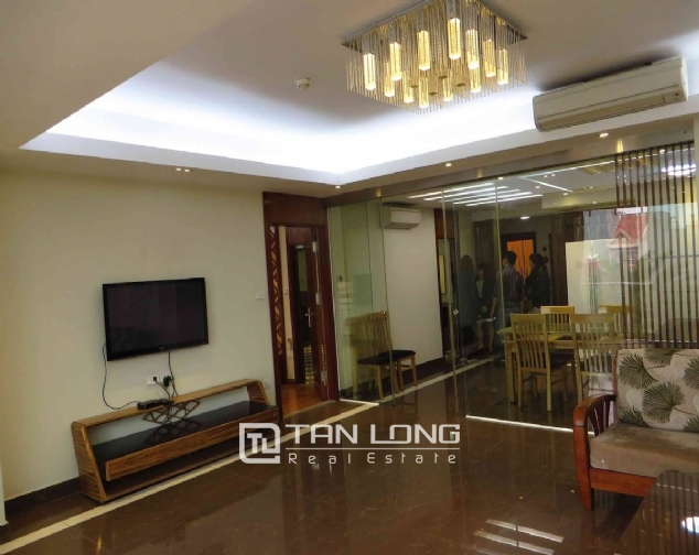 A 3-bedroom apartment for rent on Doi Can street, Ba Dinh district! 1