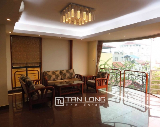 A 3-bedroom apartment for rent on Doi Can street, Ba Dinh district! 3