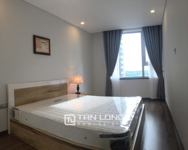 A 3-bedroom apartment for rent on the diplomatic corps area in Nothern Tu Liem district! 1