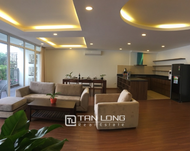 A 3-bedroom apartment for rent on Tu Hoa street, Tay Ho district! 3