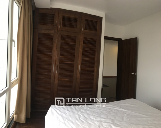 A 3-bedroom apartment for rent on Tu Hoa street, Tay Ho district! 7