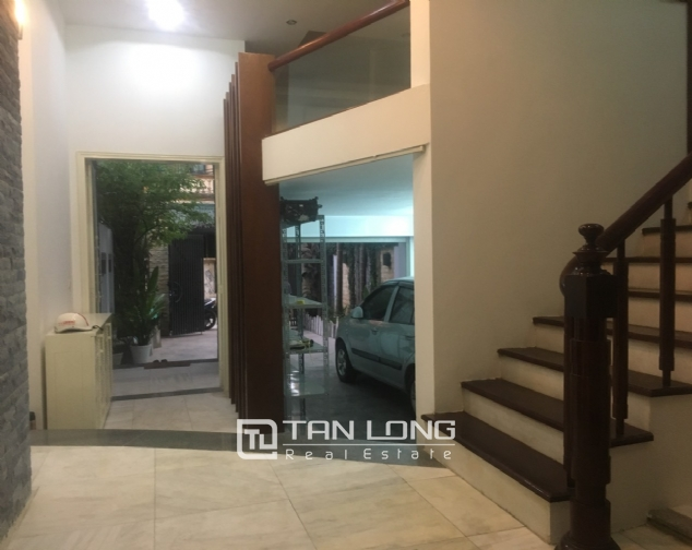 A 3-bedroom unfurnished house for rent on Dang Thai Mai street, Tay Ho district! 6