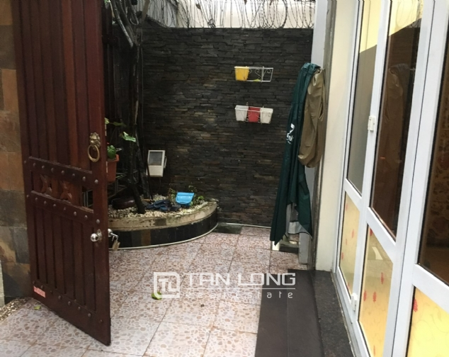 A 5-bedroom house for rent on Nghi Tam street, Tay Ho district! 8