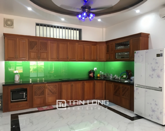 A 5-bedroom house for rent on To Ngoc Van street, Tay Ho district! 3