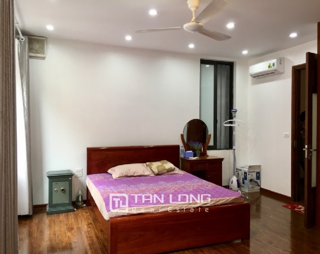 A 5-bedroom house for rent on To Ngoc Van street, Tay Ho district! 4