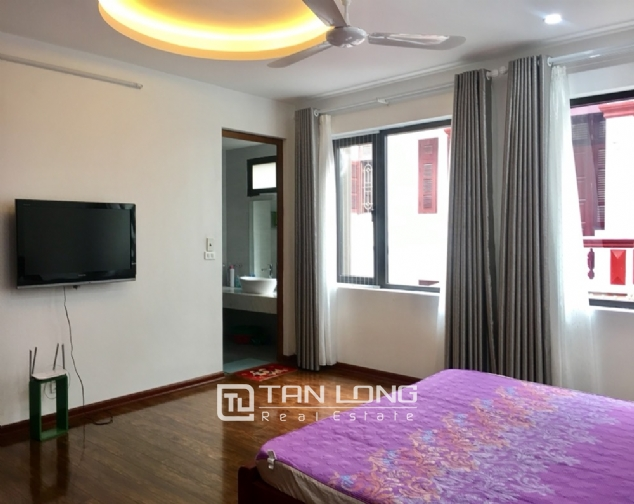 A 5-bedroom house for rent on To Ngoc Van street, Tay Ho district! 5