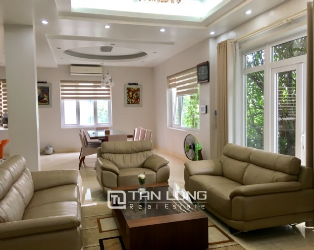 A 5-storey house for rent on Nguyen Hoang Ton - Peach Garden, Tu Liem district! 3