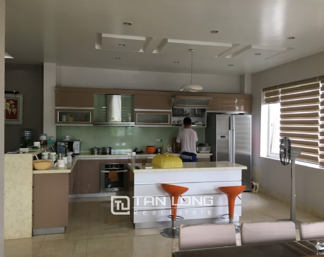 A 5-storey house for rent on Nguyen Hoang Ton - Peach Garden, Tu Liem district! 6