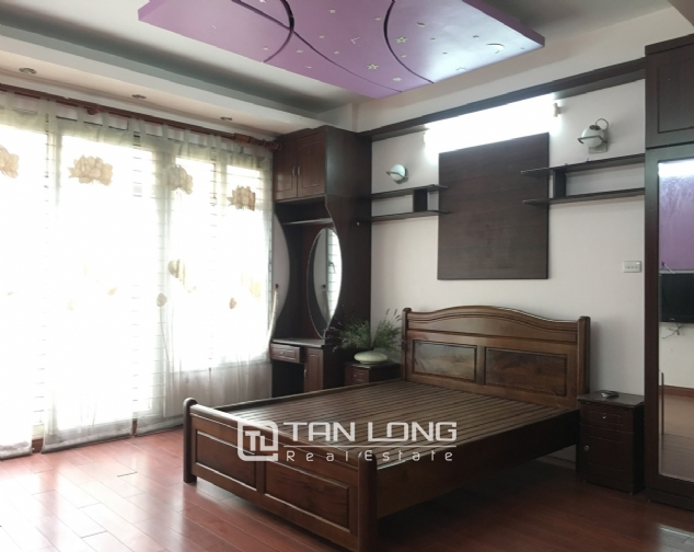 A beautiful house for rent on Au Co street, Tay Ho district! 6