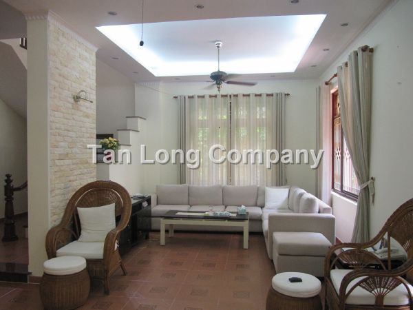 A beautiful villa for rent in Tay Ho street, Tay Ho district, Hanoi is available now