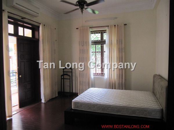 A beautiful villa for rent in Tay Ho street, Tay Ho district, Hanoi is available now 7