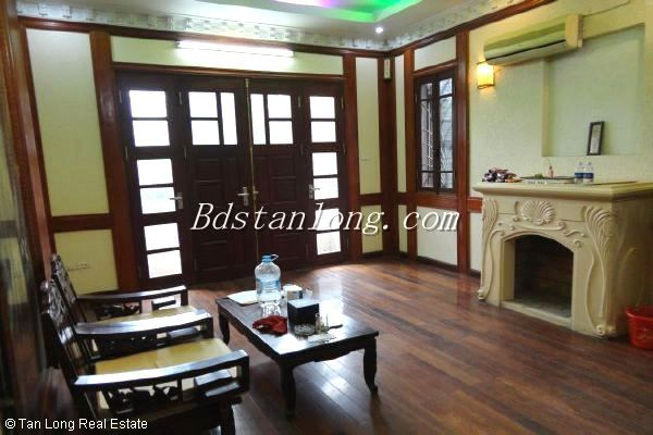 A house for rent in Nguyen Ngoc Vu street, Cau Giay district 2