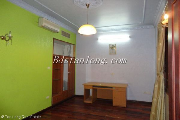 A house for rent in Nguyen Ngoc Vu street, Cau Giay district 7