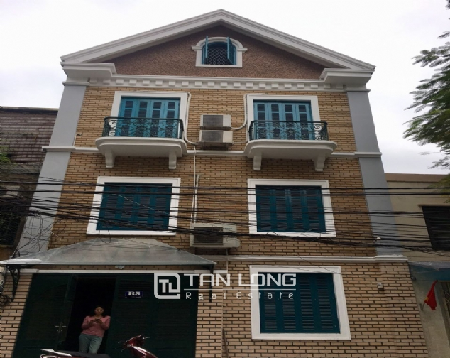 A house for rent in Truc Bach street - Tran Vu ward, Ba Dinh district! 1
