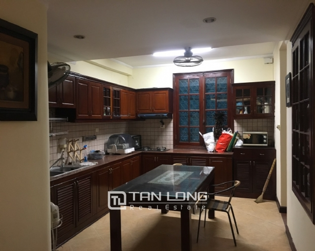 A house for rent in Truc Bach street - Tran Vu ward, Ba Dinh district! 4