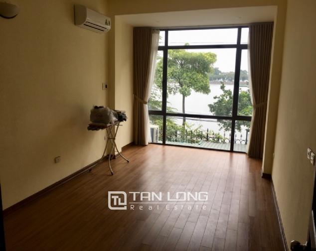 A house for rent in Truc Bach street - Tran Vu ward, Ba Dinh district! 5