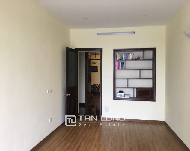 A house for rent in Truc Bach street - Tran Vu ward, Ba Dinh district! 6