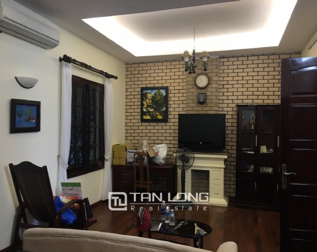 A house for rent in Truc Bach street - Tran Vu ward, Ba Dinh district! 8