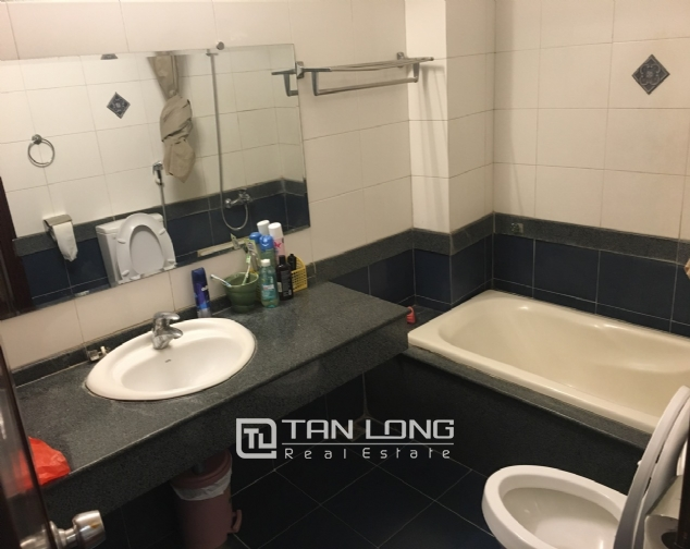 A house for rent in Truc Bach street - Tran Vu ward, Ba Dinh district! 9
