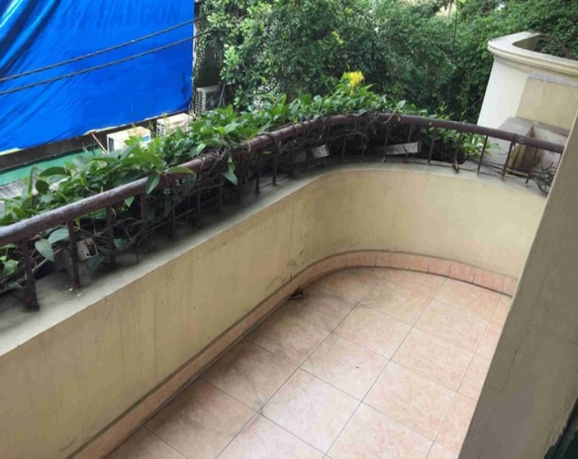 A house for rent on Dinh Cong Trang with 4 storeys 8