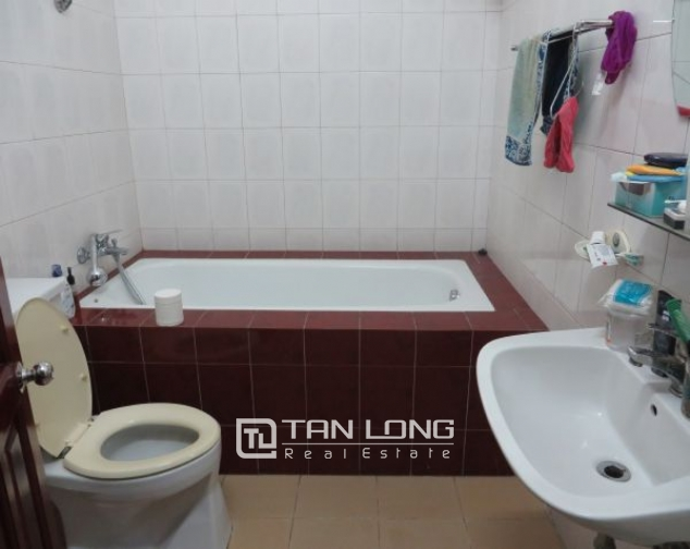 A house for rent on Nguyen Dinh Chieu 8