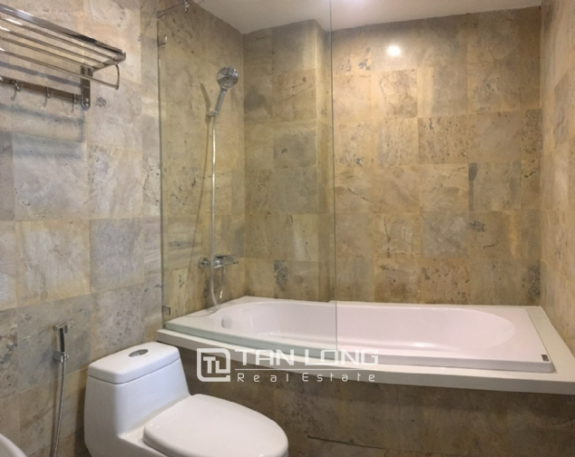 A luxurious 2-bedroom apartment for rent on Tay Ho street, Tay Ho district! 4