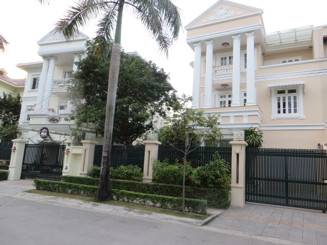 A magnificent 4 bedroom villa for rent in C7, Ciputra Hanoi