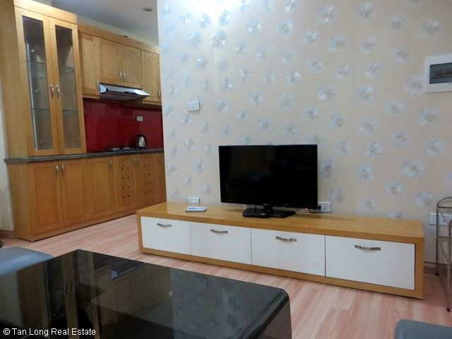A nice 01 bedroom apartment for rent in Ngoc Lam, Long Bien district, Ha Noi 4