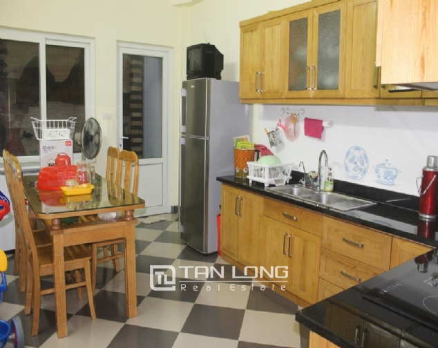 A nice 4 bedroom house for rent in Dao Tan str., Ba Dinh dist. 2