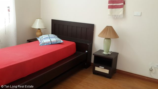 A nice cheap apartment availble for rent in Packexim Apartment,Tay Ho District, Ha Noi. 10