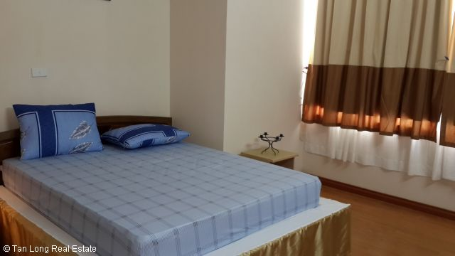 A nice cheap apartment availble for rent in Packexim Apartment,Tay Ho District, Ha Noi. 6