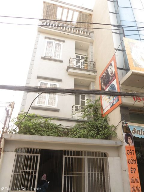 A nice house for rent on Bo De street, Long Bien district, Ha Noi 1
