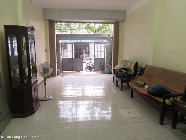 A nice house for rent on Bo De street, Long Bien district, Ha Noi 5