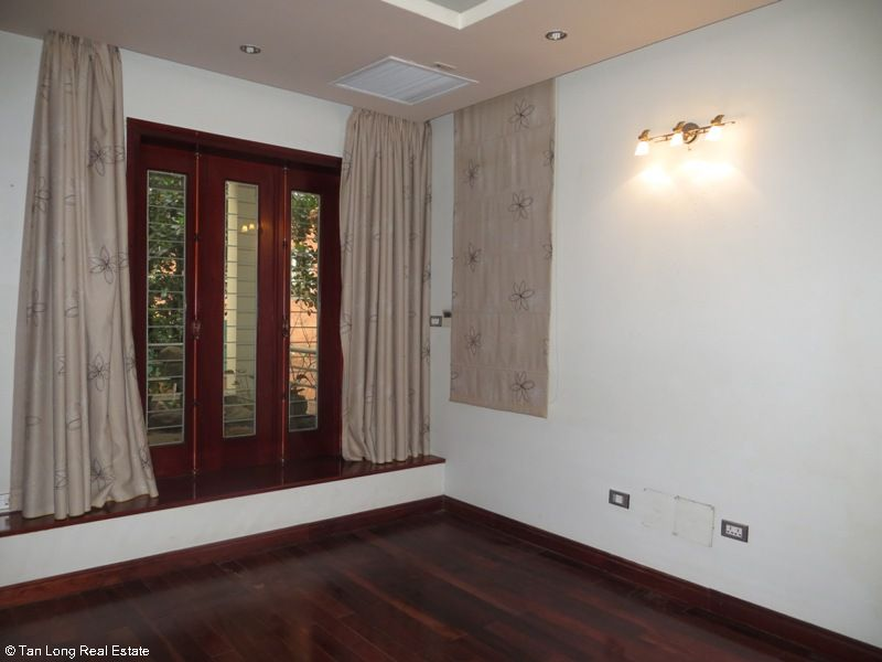 A semi furnished 5 bedroom house to rent on Pham Hung street, My Dinh 2, Nam Tu Liem district 10