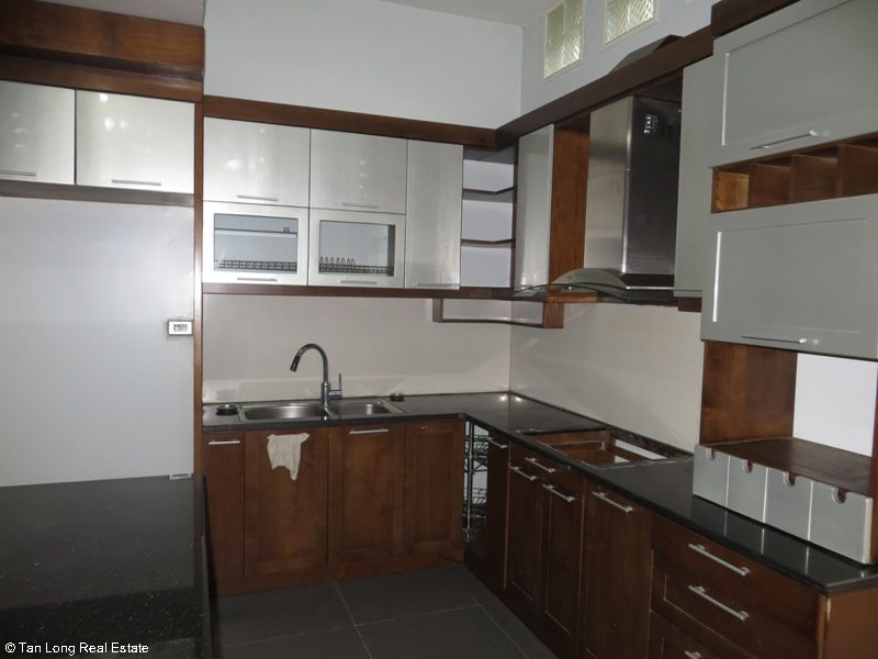 A semi furnished 5 bedroom house to rent on Pham Hung street, My Dinh 2, Nam Tu Liem district 7
