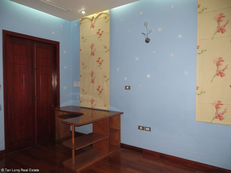 A semi furnished 5 bedroom house to rent on Pham Hung street, My Dinh 2, Nam Tu Liem district 8