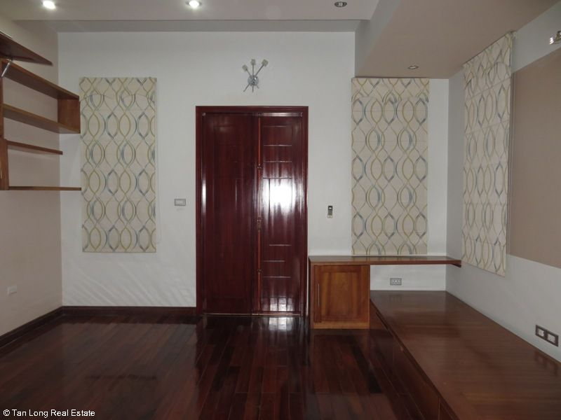 A semi furnished 5 bedroom house to rent on Pham Hung street, My Dinh 2, Nam Tu Liem district 2