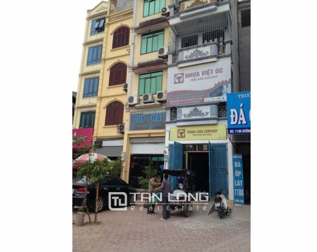 A six storey house for rent at Đuong Lang, Đong Đa district, Hanoi 2